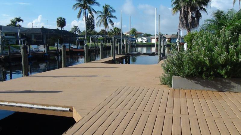 Huge Oversized Deck with 2 Boat Lifts