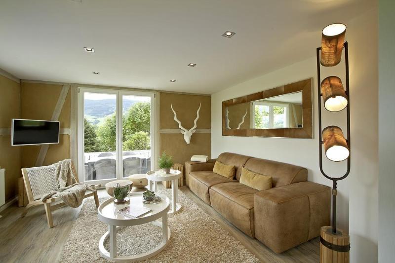 LA MAISON. The lounge.