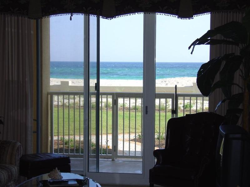 The beautiful Emerald Coast is right out your door.