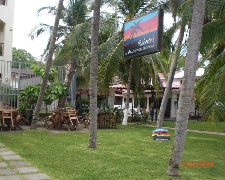 Robert's Bar & Restaurant on the beach.