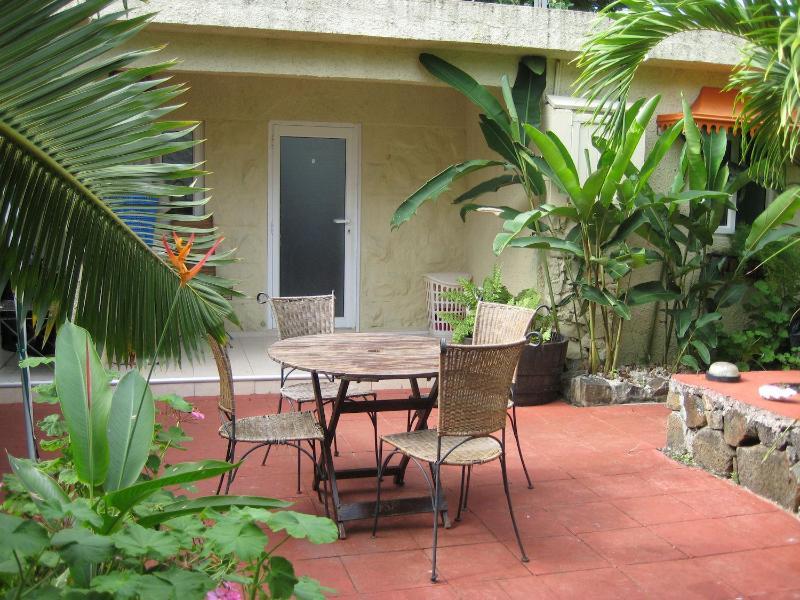 Bungalow Shane: Holiday Home Mauritius, holiday rental in Sebastopol