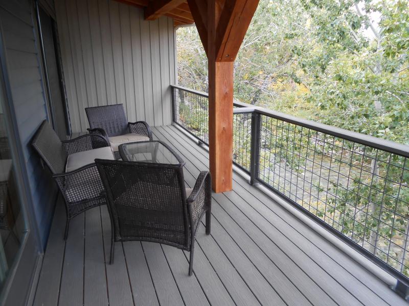 upper deck overlooking Rock Creek