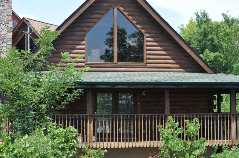 'A View For You' - The front of the cabin.