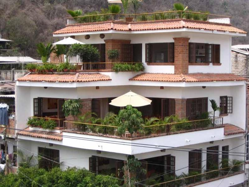 Old Town Puerto Vallarta - Unit1 - 1 bed/2 bath, vacation rental in Puerto Vallarta