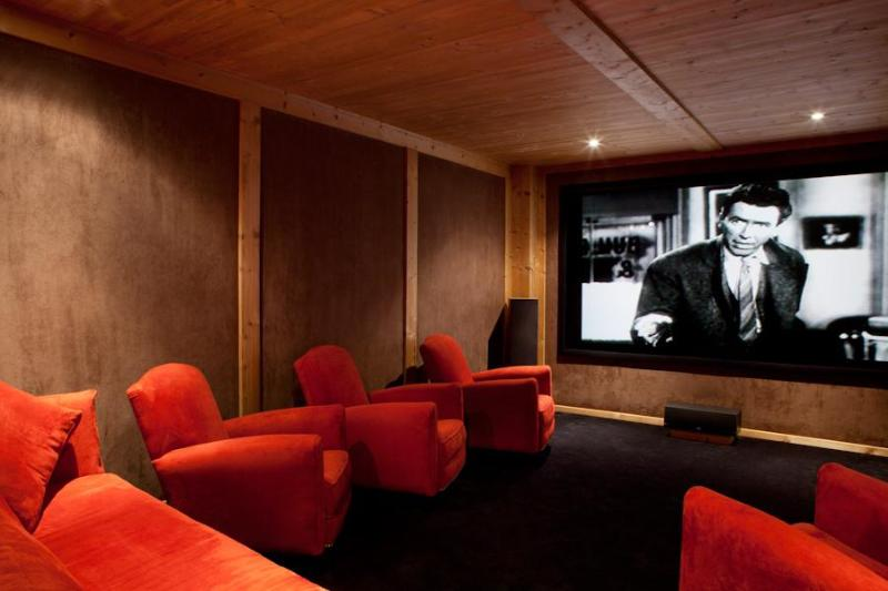 Cinema room, perfect for adults and children