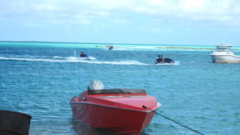 We're a (2/min) away! Schedule a day of fun (jet ski, fishing, snorkelling, diving, island hoping)