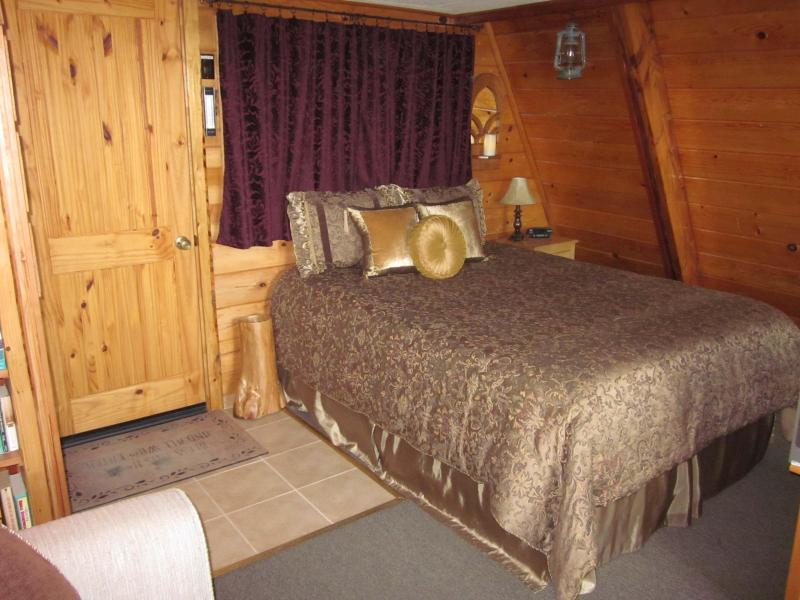 Comfy Queen Size Bed on Main Level of this studio style cabin