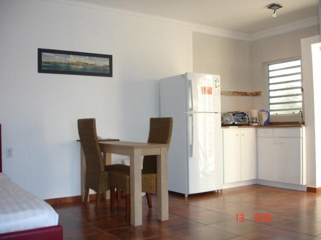 Kitchenette and small dining set