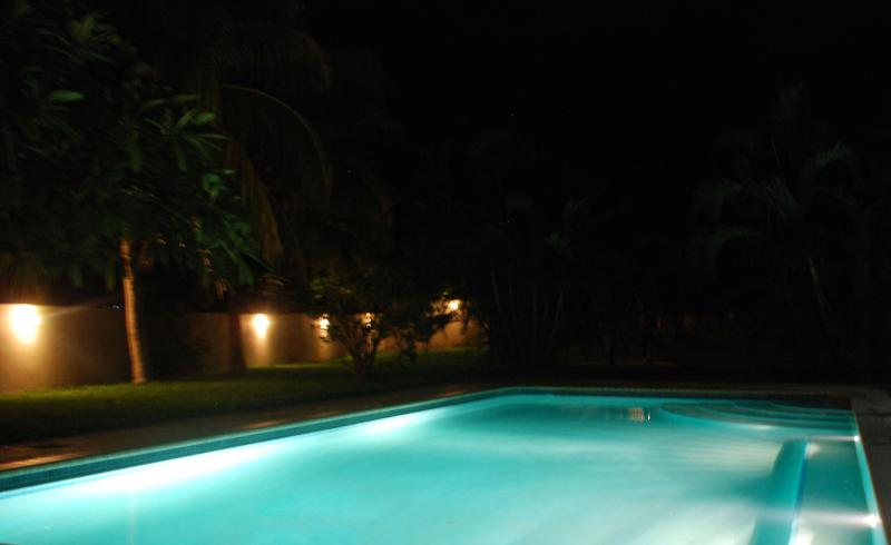 On Curacao the sun sets early but you can also enjoy the pool at night