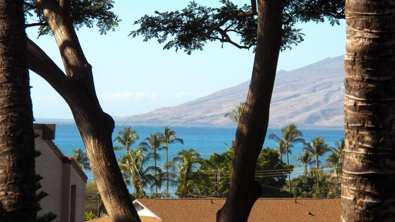 Zoomed ocean view and West Maui moutains from balcony