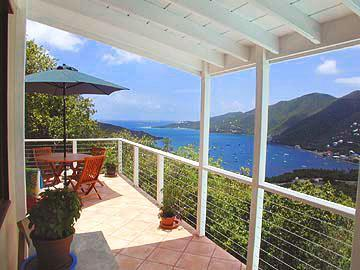 Porch with view on Coral harbor