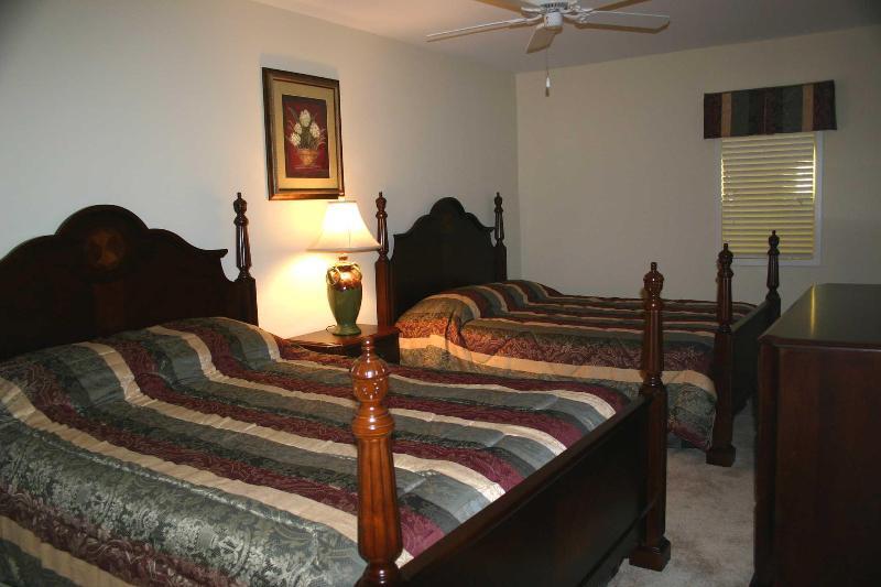 Second Guest Bedroom with 2 Queen Beds