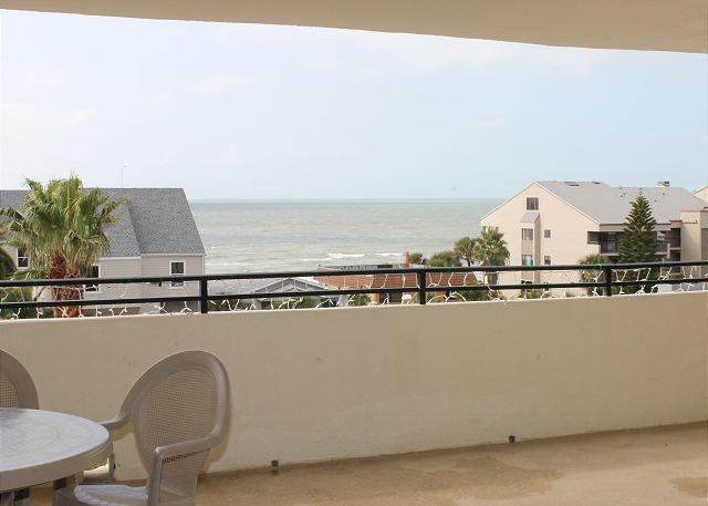 Quiet Waters Condominium 5C, vacation rental in Indian Shores