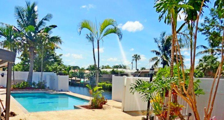Resort House Heated Pool Boat Dock & Ocean Access~, alquiler de vacaciones en Fort Lauderdale