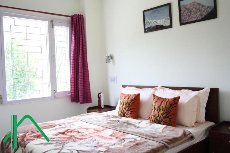 Leisure Vatikaa: 2 Service Apts in Dharamshala.., alquiler de vacaciones en Kangra District