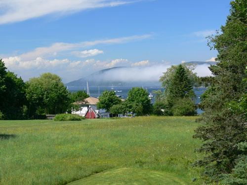 Cottage with Mountain and Harbor Views on MDI, vacation rental in Seal Harbor