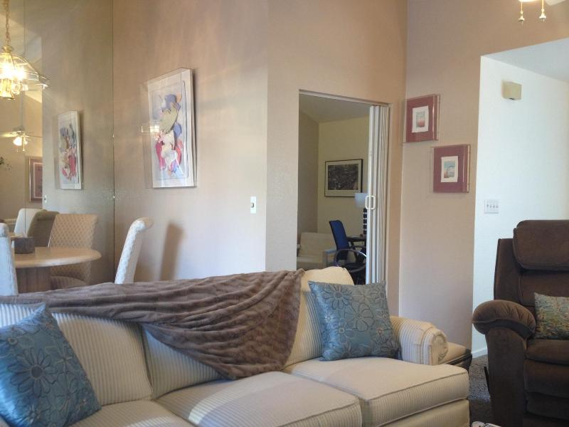 Charming 2 bedroom plus office Townhome. Reno, NV UPDATED ...