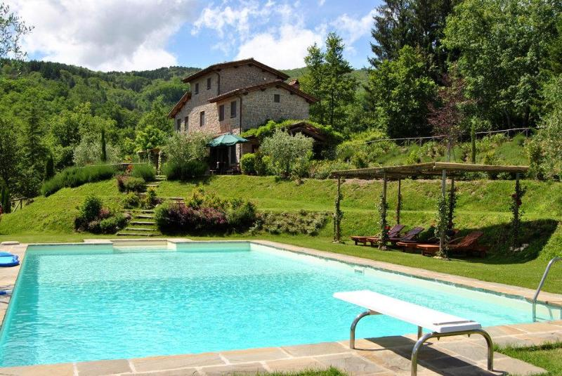 Lovely house near LUCCA/FLORENCE w/ beautiful view, holiday rental in Castelvecchio