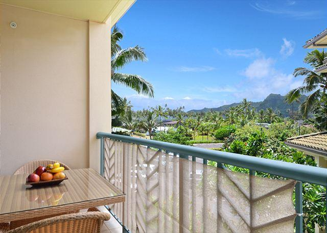 G305 - Beautiful Garden View w/ **AC** Resort Pool & Restaurant, location de vacances à Kauai