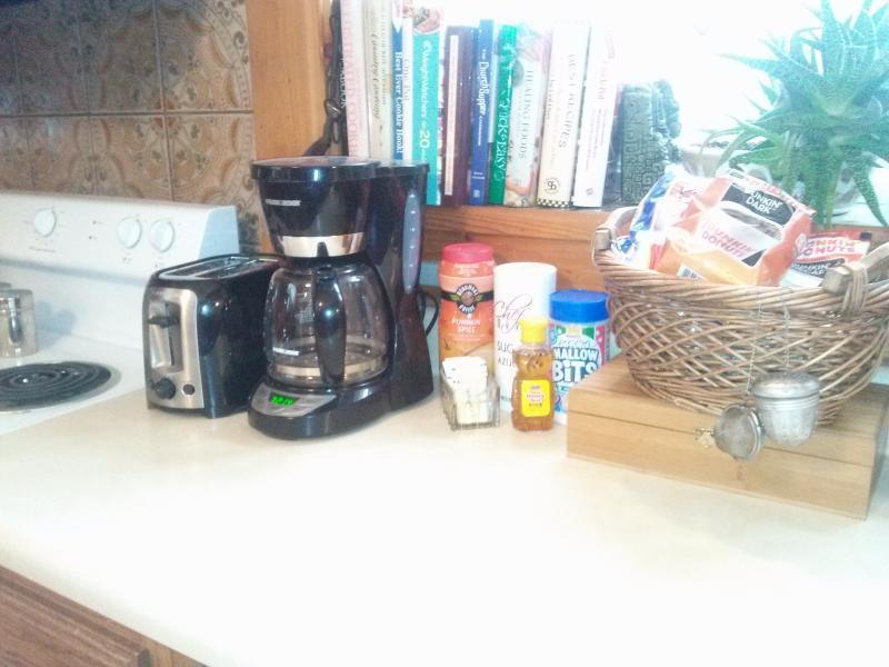 Free Coffee Service, Bagels, OJ, Snacks