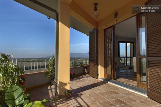 Amazing Tuscan Home With Countryside Views and AC!, vacation rental in Castelfranco di Sotto