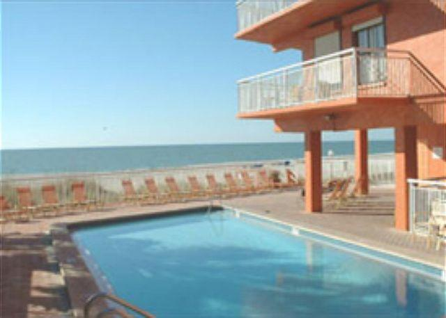 Chateaux Condominium 503, vacation rental in Indian Shores