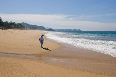After a very short walk you arrive at the north end of the pristine San Pancho beach.