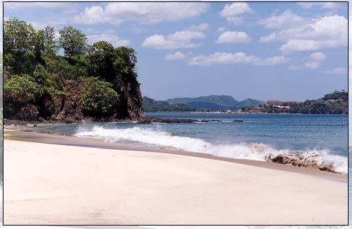 Playa Pinca 15 minute walk up the beach. Nice snorkeling