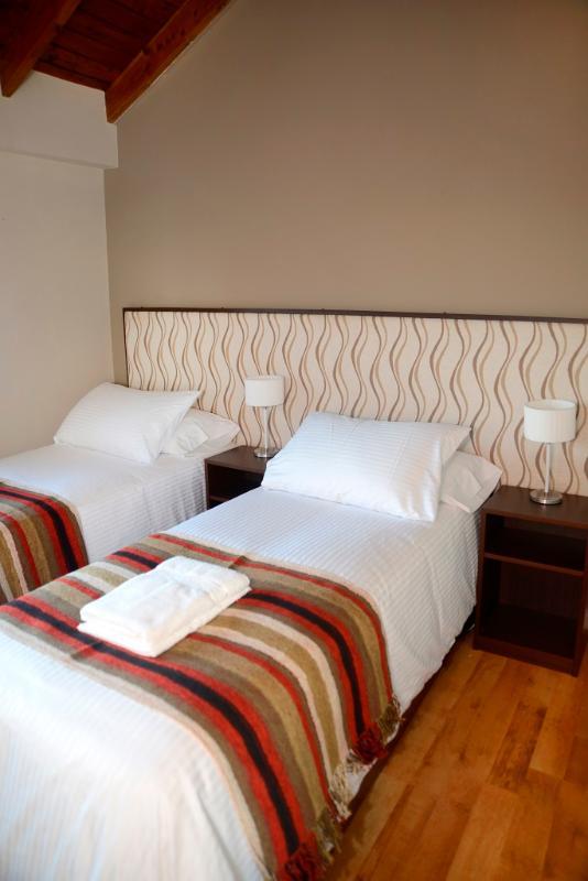 Segundo dormitorio con 2 individuales...