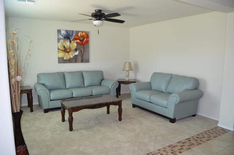 Relaxe neste brilhante sala de estar
