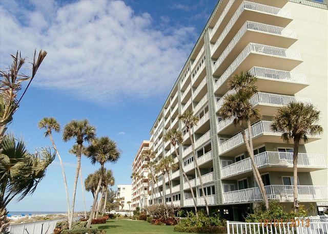 Sand Castle I- Condominium 907, vacation rental in Indian Shores