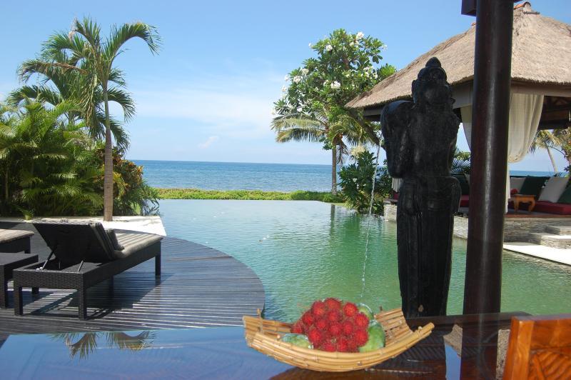 Natural green stone infinity Pool & sun deck