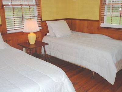 2ème chambre avec 2 lits jumeaux