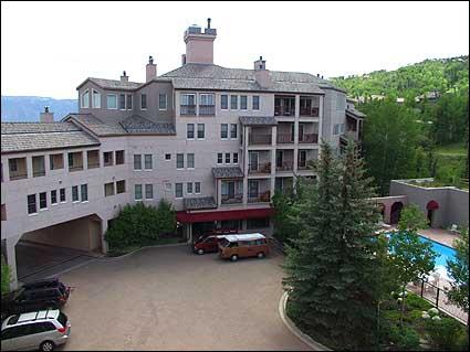 Majestic Woodrun place in the heart of Snowmass