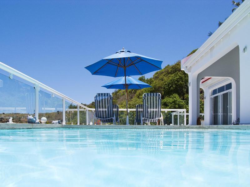 Spacious Private Villa, Ocean Views, Concierge, aluguéis de temporada em Quartier D'Orleans