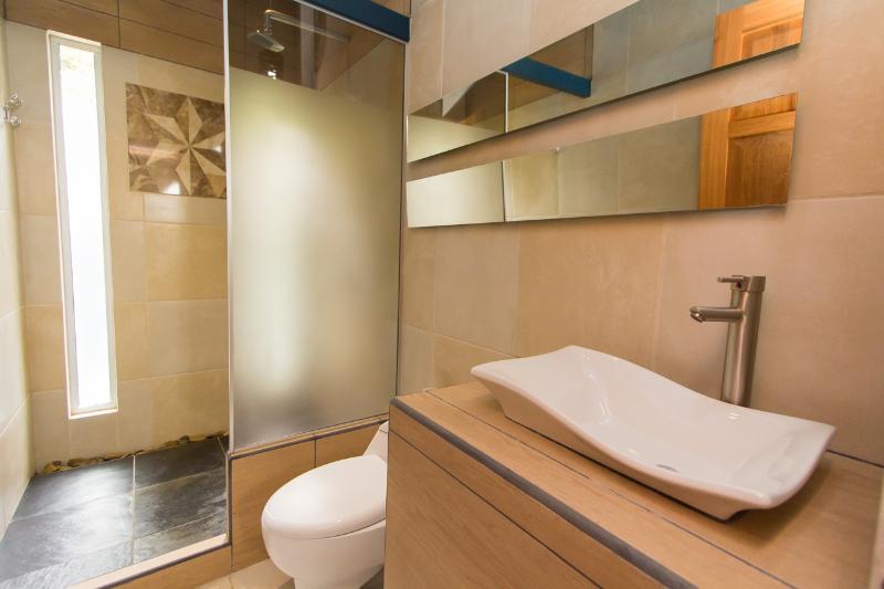 Upsatirs Bathroom