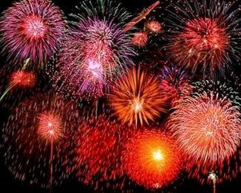 Catch the traditional fireworks on the Esplanade, steps away!