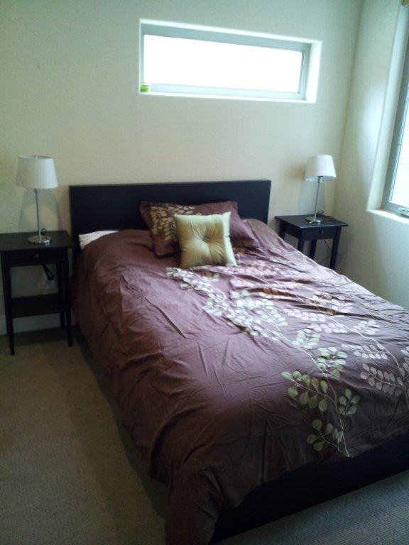 Gästeschlafzimmer.  Doppelbett