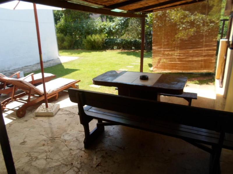 Grandes soleado whit terasse ducha exterior, parrilla, relajantes hamacas únicamente para su uso ..