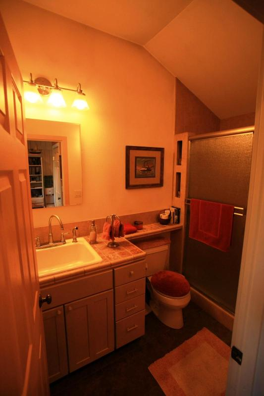 Salle de bains de dortoir
