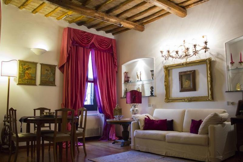 RomaSuite - Luxury Apartment in via Margutta, vacation rental in Olgiata