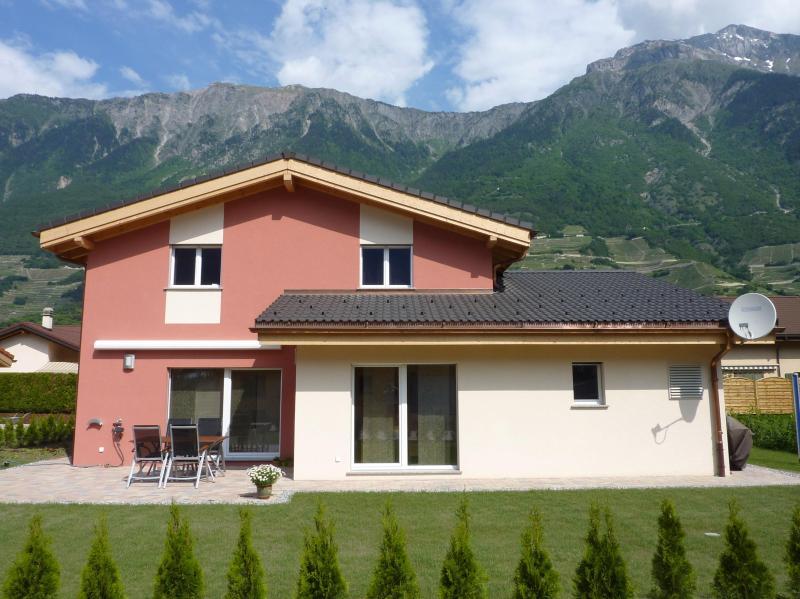 B&B Villa Alps - Switzerland, holiday rental in Bovernier