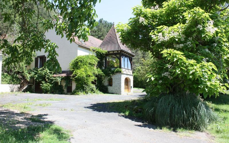 Traditional Country House, holiday rental in Saint-Laurent-la-Vallee