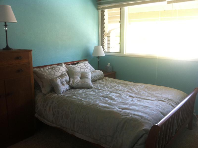 Guest room, cherry sleigh bed