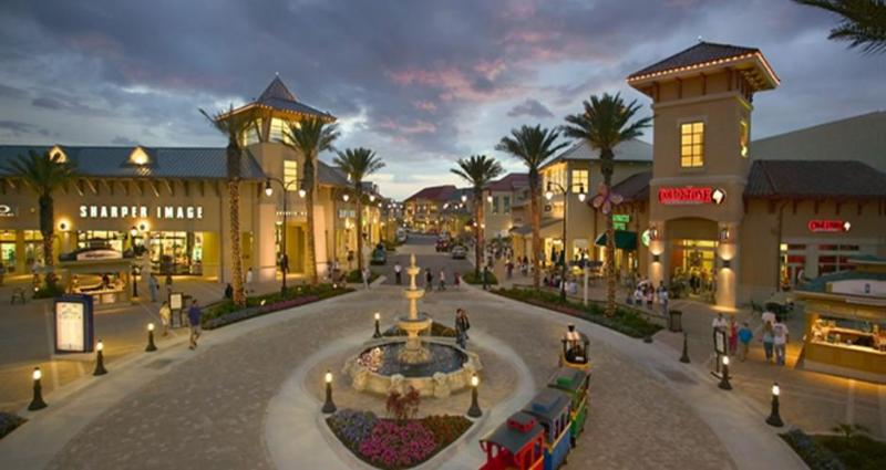 Just across the street from Destin Commons with its theaters,restaurants,& shops