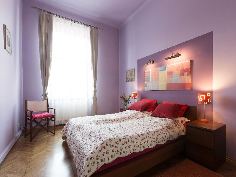 2bdr Old Town Apartment, location de vacances à Cracovie