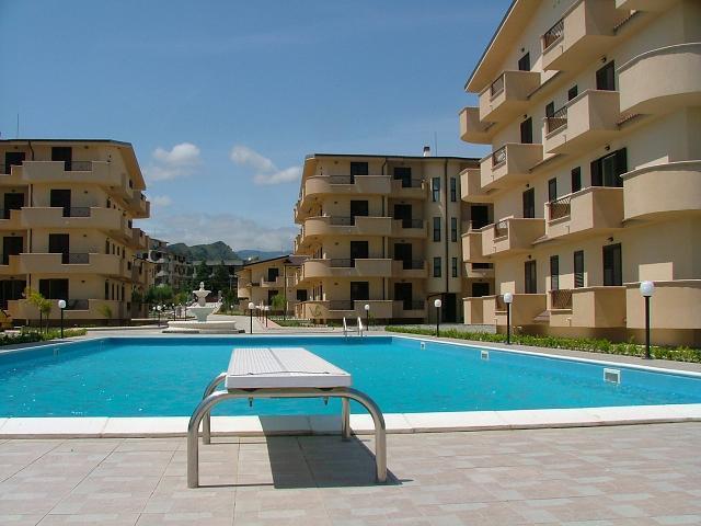 Bergamotto Complex View
