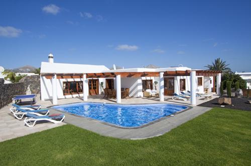 Villa Miraflores in Puerto Del Carmen, location de vacances à Puerto Del Carmen