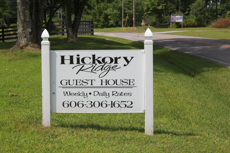 Hickory Ridge Guest House, vacation rental in Albany