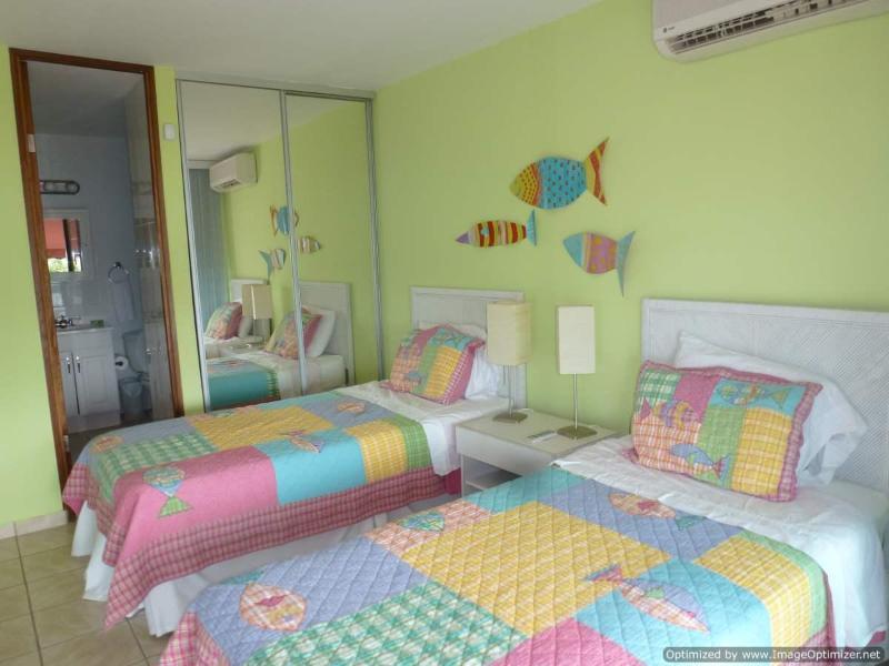 Dormitorio #3 también tiene su propio baño.